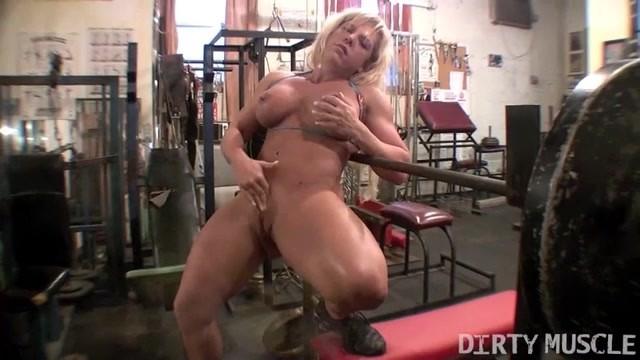 Streaming Gratis Video Nikita Mirzani Female Muscle Blonde Rubs Her Big Clit