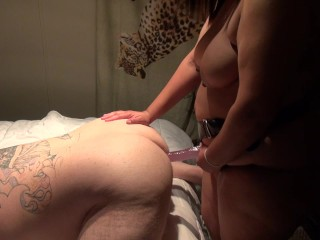 Teen pegging his ass with big strapon...