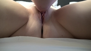 Pussy to orgasm of his guy licks closeup girlfriend eating ass