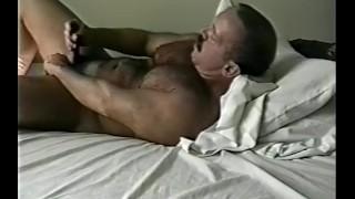 Bears scene  cummin jackin cumming jerking