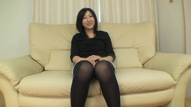 Eager Japanese MILF wants vibrators and cock in her pussy 15
