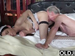 : Grandfather fucks the hot maid fingers her young pussy and gets blowjob