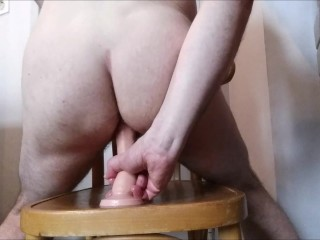 Hungry ass worships gode on Sunday morning - Deep dildo French straight guy
