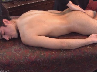 Newbie Orlando experiences his first orgasm from Casey