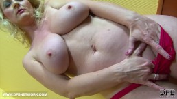 BIG TITS GRANNY WANTS BLACK COCK CUMSHOT ON HER BOOBS AFTER INTERRACIAL SEX