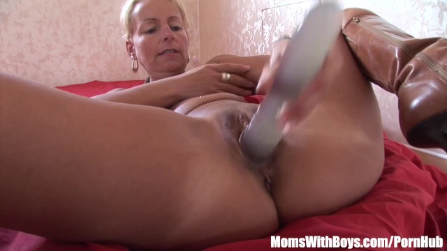 Blonde Cougar Showing Her Pussy Dildo Fucking Skills 36