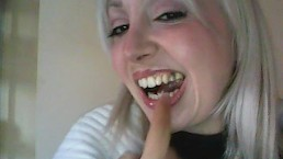 very ugly teeth! denti orribili
