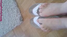 Barefoot in toe separator ** Flip Flops **