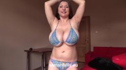 Hot Videos
