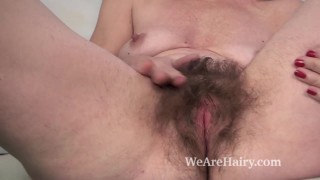 Off isabella shows hairy her diana pussy very ass amateur