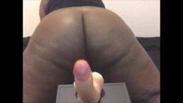 Ebony shakes ass on webcam before stepdad comes home