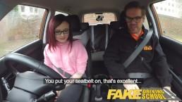 Fake Driving School 19 jaar oude petite Amerikaanse student creampie les