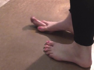 Cockplay cockcrush footjob with long toes and spreaded cum