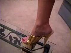 Janet Mason - Cum in my Golden Heels