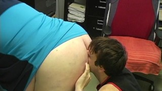 Ej goes bare licking thegreatcanadianmale