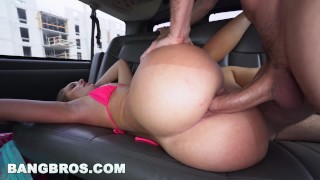 BANGBROS - Katia Enjoys Spring Break 2017 With Bang Bus (bb15961) Cumshot oral