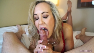 Insanely hot MILF treats your cock to a sensual sucking (Brandi Love) Big instructor