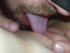 Amateur pussy licking orgasm