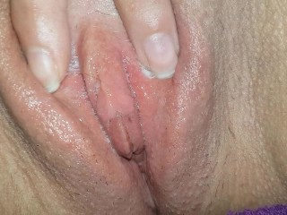 Playing With My Wet Pussy   Close Up
