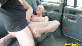 Sexy Dutch lady atke big cock up in her ass in taxi