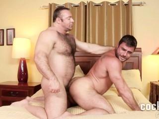 Muscle Bears Brad Kalvo Barebacks Mike Dozer