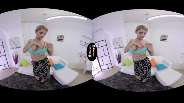 Streaming Gratis Video  Katerina Hartlova blow our minds with her huge tits