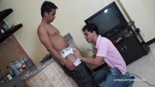 Asian Boys Vahn and Willy Barebacking  asian muscle gayhoopla cum shots caught fucking ass eating bareback