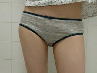 wetting my favourite cotton panties