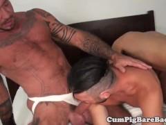 Muscular studs in bareback foursome