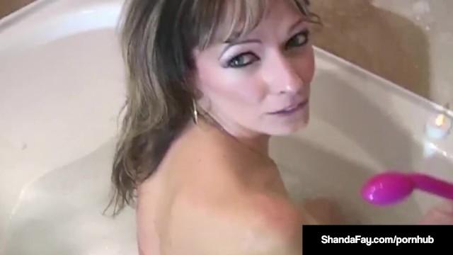 Super MILF Shanda Fay Fucked In BOTH Holes In The Bath Tub! 1
