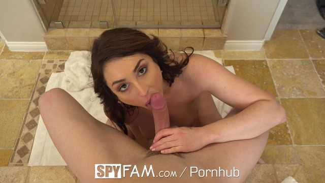 Spyfam Step Mom Christiana Cinn Fucks Big Dick Step Son-5071