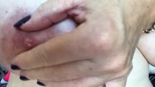Alman толстушки qızlar Лассен yataqxana ihre Titten wackeln
