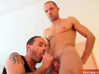 Styan's huge cock massage ! (innoncent delivery guy for a gay guy)