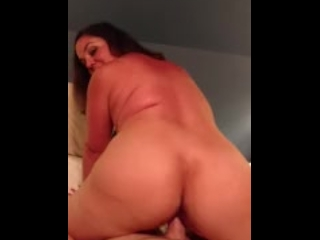 Sexy Mom Becky Tailor POV ass bouncing reverse cowgirl, pt. 2