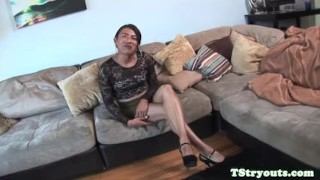 Mexian tgirl firsttime cocksucking on camera