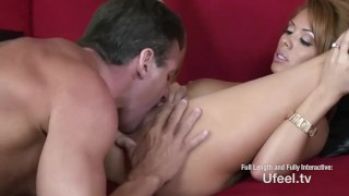 Interactive - Personal trainer does milf Pornstar close