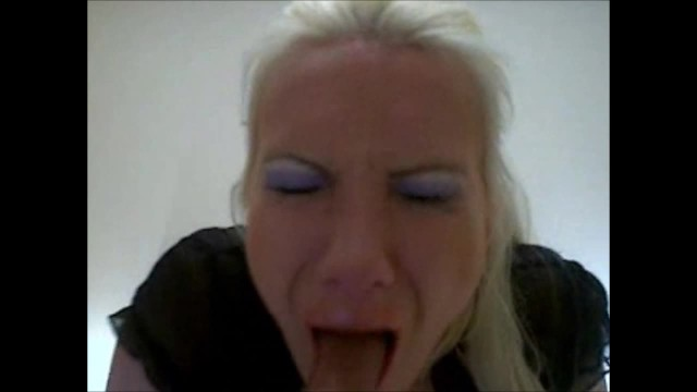 Spitting up clear adult Deepthroat gagging ruining my make up on my dildo - thecamstars.com