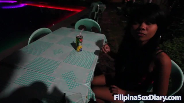 Skinny Filipina ends date with foreign tourist getting hot bubbly creampie 1