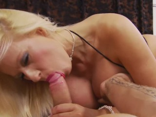 Big Tit MILF MICHELLE THORNE Fucks Daddy's Dick POV