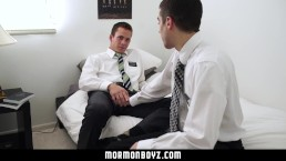 MormonBoyz-Mormon stud seduces his hung buddy
