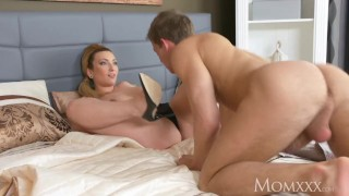 MOM Chubby big tits cougar housewife lets younger boy come on her tits porno