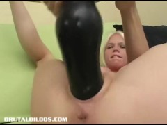 Jayda Diamonde fucking the mother of all brutal dildos