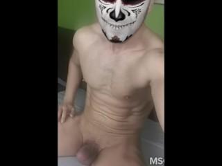 mask vampire masturbating....gay video