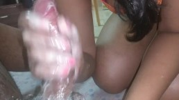 Indian College Chick Gives Cheesy HandJob and BlowJob