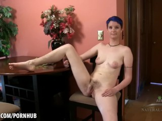 Blath strokes her young pink pussy