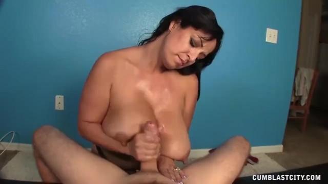 Big cumblast for the busty lady 6