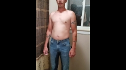 Hot guy pissing his jeans!