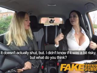 Imagen Falsos de Conducción de la Escuela lesbianas sexo con bañera de Australia nena y tetona milf