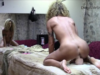 Horny babe rides huge dildo in front of mirror and shows gape after ride