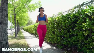 Preview 1 of BANGBROS - The Lost Phone ft Latina Pornstar Kelsi Monroe (ap16010)